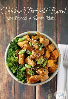 Chicken Teriyaki Bowl Recipe - with broccoli and sweet potato. Paleo and Weight Watchers friendly at only 8 Smart Points!