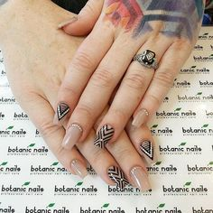 Classic zigzag, horizontal and vertical line nail art design in nude and black polish with silver beads for added effect. nail designs for fall nail designs for short nails 2019 best nail stickers nail art stickers how to apply best nail wraps 2019 Fall Nail Art Designs, Black Nail Designs, Beautiful Nail Designs, Line Nail Designs, Tree Nail Art, Tree Nails, My Nails, Nail Design Glitter, Neon Green Nails