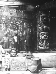 Ganaxtedi clan members pose inside the Whale house. The Raven post, carved by Kad-jis-too-ach, and rainwall screen can be seen in the background. Mother basket can be seen at the bottom centre. Native American Wisdom, Native American Beauty, Native American Tribes, Native American History, Aboriginal Culture, Haida Art, Coastal Art, Indigenous Art, Native Art