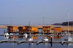 schwimmende Häuser floating 75 Baltic Sea Resort Kröslin - Baujahr 2001 - Urlaub direkt auf dem Wasser