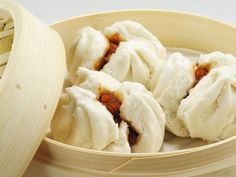Asian Recipe: Steamed Barbecue Pork Buns - 12 Tomatoes