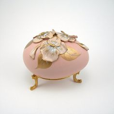 Vintage goose egg music box