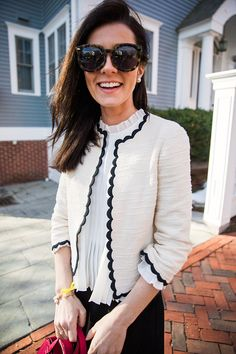 Classy Girls Wear Pearls: City Scallop Source by kelseybang Dresses Preppy Outfits, Mom Outfits, Fashion Outfits, Womens Fashion, Fashion Styles, Preppy Dresses, Vest Outfits, Trench Coats, Rain Coats