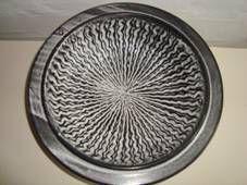 KÄHLER ceramic fad/dish JENS THIRSLUND glasur/glaze H: 6 cm D: 24 cm. År ca./year about 1950s. Sign: HAK. From klitgaarden Antiques & Ceramics, Denmark www.Klitgaarden.net Vase, Danish Design, Denmark, 1950s, Decorative Plates, Ceramics, Antiques, Ceramica, Antiquities