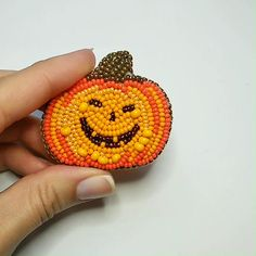 Bead Embroidery Jewelry, Beaded Embroidery, Embroidery Patterns, Hand Embroidery, Beading Tutorials, Beading Patterns, Bead Crafts, Jewelry Crafts, Halloween Beads