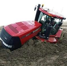 CASE IH 450 QUADTRAC Stuck