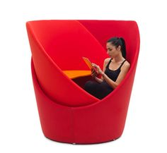 tuttomio swiveling chair