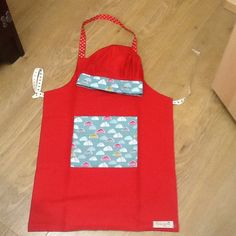 Childs apron and chef hat x 2