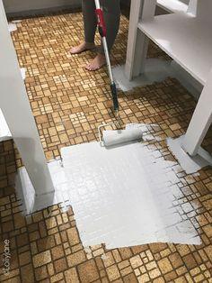How to Paint Any Type of Floors! Lolly Jane Home Deco floors Jane Lolly Paint painted floor tiles Type Painting Laminate Floors, Paint Linoleum, Linoleum Flooring, Diy Flooring, How To Paint Floors, Hardwood Floors, Inexpensive Flooring, Painted Kitchen Floors, Painted Floors