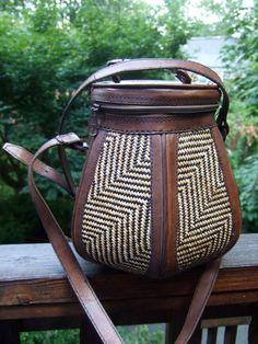 Ethnic Vintage Hexagon Bucket Style Rattan & Leather Shoulder bag