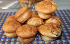 BRIOSE CU MASCARPONE SI IAURT Hamburger, Muffin, Cupcakes, Bread, Cookies, Breakfast, Desserts, Food, Sweets