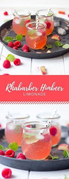Rhabarber und Himbeere ist eine tolle Kombination. Vereint in einem Getränk ist es die perfekte Abkühlung für Frühling und Sommer!