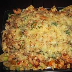 Caribbean Nachos Make low carb nachos with low carb wraps. Or make low carb doritos recipes on my snack board . Seafood Nachos, Seafood Platter, Caribbean Recipes, Healthy Dishes, Healthy Lunches, Healthy Food, Tortilla, How To Cook Shrimp, Cooking Recipes