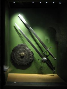 https://flic.kr/p/5sfVA9 | Tower of London | Ancient weapons