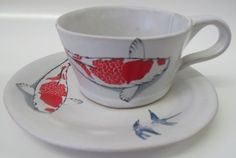 We are a South African ceramics studio based in Cape Town specialising in Bespoke dinnerware for restaurants, chefs, shops, game farms, boutique hotels and individuals. All our dinnerware and ceramics are handmade. Clay Pinch Pots, Ceramic Studio, Fine China, Cool Furniture, Tea Time, Dinnerware, Tea Cups, Pottery, Traditional