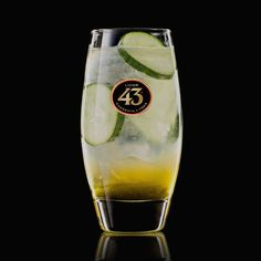 Get the recipe for Green Spring 43, a wonderfully refreshing cocktail with Licor 43, fresh lemon juice, tonic and cucumber. Perfect for sunny spring days.