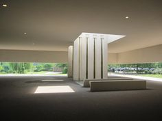 Another view of the entrance court for the Heimolen crematorium by Claus en Kaan Architecten. I think it sets the right mood for the ceremony.