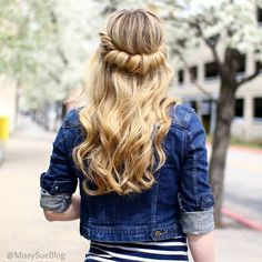 25 Gorgeous Prom Hairstyles For When You Want to Wear Your Hair Down   Beauty High