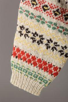 Paper Dolls, Vests, Charts, Christmas Sweaters, Knitting Patterns, Women's Fashion, Graphics, Knit Patterns