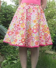 Learn how to make this circle skirt without a pattern! Find more great and free tutorials and links at DIY Crush!