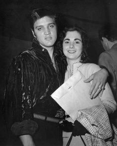 Elvis and Barbara Hearn - September 1956 - Tupelo | Hearn says she accepted Elvis as something the world had never known, the first rock star.