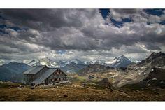Cabane des Becs de Bosson - Valais - Suisse Mount Everest, Mountains, Nature, Travel, Switzerland, Cabin, Naturaleza, Viajes, Destinations