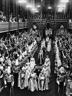 Queen Elizabeth turns 89: her Coronation in 1952 heir to her father king George