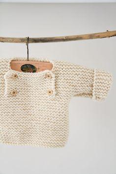 Bonjour à vous qui passez par là et merci pour votre visite En cherchant sur le net des modèles layettes au tricot pour préparer la naissance de mon bébé ( désormais il est là ) , j'ai trouvé des tutos tricot pour bébé facile à faire et je me suis dis...