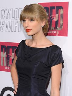 Celebrity Lookbooks: Taylor Swift at Red Album Launch Party, New York