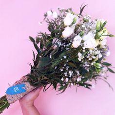 География наших заказов не перестает удивлять друзья. Сегодня осуществили доставку заказа из Чехии. Завтра Мексика. Послезавтра Канада. Это все заслуживает отдельного поста и вашего внимания. И мы обязательно об этом расскажем. Нам доверяют и это радует. Спасибо.  #flowersdelivery #flowers #tajikistan #tjk #delivery #flowerdelivery #доставкацветов #душанбе #таджикистан #букетмаме #цветы #букетцветов #букет