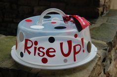 Atlanta Falcons Rise Up Cake Cariier by CraftyCricutChick on Etsy, $12.00