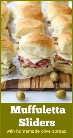 Muffuletta Sliders with homemade olive salad spread - muffuletta slider Source by aforkstale Soup Appetizers, Appetizer Recipes, Recipes Dinner, Dessert Recipes, Slider Sandwiches, Sliders, Tapas, Slider Recipes, Soup And Sandwich