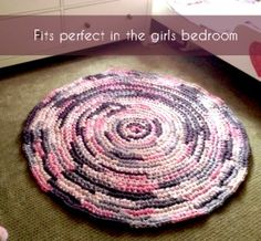 Round Crochet Rag Rug Tutorial – A Whopping $28 and 15 hours | Impatiently Crafty
