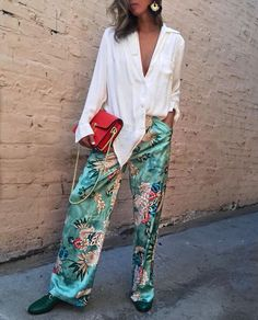 The Best Christmas Day Outfits That Have An Elasticated Waistband (Because.) – The Debrief – Fashion Outfits Mode Hippie, Mode Boho, Mode Outfits, Casual Outfits, Fashion Outfits, Fashion Trends, Moda Casual, Casual Chic, Mode Kimono