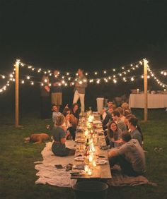 outdoor dinner party inspiration // the fresh exchange q lindo for an outdoor party o picnic! Outdoor Dinner Parties, Party Outdoor, Picnic Parties, Outdoor Decorations For Party, Outdoor Cocktail Party, Outdoor Entertaining, Wedding Decorations, Wedding Centerpieces, Home Parties