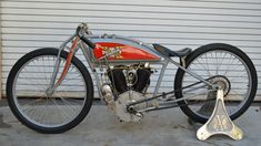 1915 Excelsior Big Valve Board Track Racer presented as Lot at Las Vegas, NV Vintage Cycles, Vintage Bikes, Vintage Racing, Antique Motorcycles, American Motorcycles, Tracker Motorcycle, Moto Bike, Excelsior Motorcycle, Retro Motorcycle