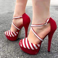Shoespie Contrast Color Peep-Toe Stiletto/Platform Sandals Source by shbykn tacones Pretty Shoes, Beautiful Shoes, Cute Shoes, Me Too Shoes, Pumps Heels, Stiletto Heels, Flats, Red Heels, Dream Shoes