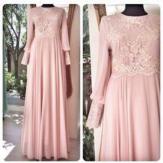 Batik Fashion, Abaya Fashion, Modest Fashion, Fashion Dresses, Modest Dresses, Trendy Dresses, Prom Dresses, Formal Dresses, Mode Abaya