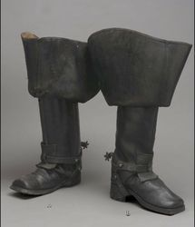 Musketeer Boots Trends - Riding Boots The Museum of Fine Arts, Boston Musketeer boots have become a must that everyone wants to wear. This autumn you can not miss in your closet and we have found 11 mosqueteras boots ideal for every occasion. 18th Century Clothing, 18th Century Fashion, 17th Century, Vintage Shoes, Vintage Outfits, Vintage Fashion, Mode Masculine, Historical Costume, Historical Clothing