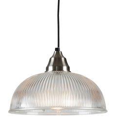 <p>Det går att hitta mycket prisvärda och snygga lampor. Här har vi koncentrerat oss på industriköket och industrilampan som blir pricken över i.</p>