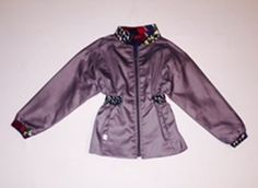 Zipper jacket with defined waistline. Rain Jacket, Windbreaker, Raincoat, Zipper, Jackets, Fashion, Down Jackets, Moda, Fashion Styles