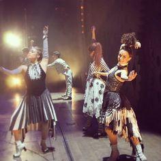 Ozdust ballroom - Wicked México Wicked Costumes, Musicals, Mexico, Dresses, Style, Fashion, Vestidos, Swag, Moda