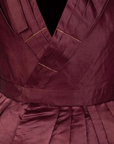 Detail of dress, dated c.1838, Great Britain. V&A: # T.51-2002. Chain-stitching along bodice pleats.