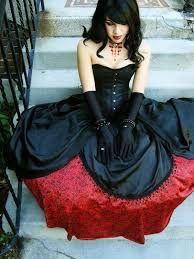 Resultado de imagen para moda gotica vestidos de novia