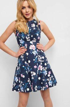Virágmintás harangruha - Kék Elegant, Beauty, My Style, Clothes, Dresses, Floral Fashion, New Short Hairstyles, Full Skirts, Bridesmaid Dresses