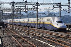 E4系新幹線 - 日本の旅・鉄道見聞録 Japan Train, Rail Train, High Speed Rail, Speed Training, Light Rail, Train Travel, Public Transport, Locomotive, Railroad Tracks