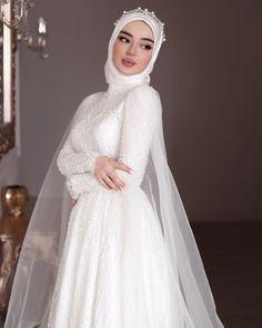 Muslim Wedding Gown, Muslimah Wedding Dress, Muslim Wedding Dresses, Muslim Brides, Best Wedding Dresses, Bridal Dresses, Muslim Couples, Islam Wedding, Dress Muslimah