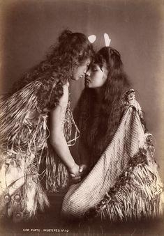 Arthur James Iles - Maori women, New Zealand