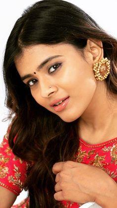 Esey na mujhe Tum Dekho. Beautiful Indian Brides, Beautiful Girl In India, Beautiful Indian Actress, Beautiful Actresses, Beauty Full Girl, Beauty Women, Indian Navel, Angels Beauty, Indian Actress Hot Pics