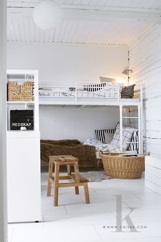 myidealhome:  great solution for small spaces (via CAISA K.)